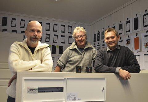 EVICI: Joe Amundsen, Bjørn Arne Gustavsen og Svein Krakk satser på elektronisk servicehefte for bolig og en sensorenhet som måler ymse avvik i boligen.