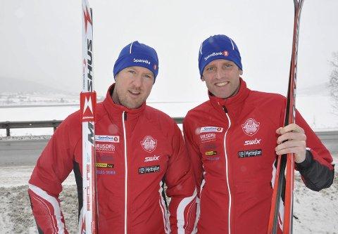 MIL etter MIL: Stian Roos (til venstre) og Arno De Jong gleder og gruer seg til det ni mil lange Vasaloppet fra Sälen til Mora.