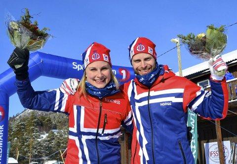 GULL OG SØLV: Yngve Hoel tok sin mesterskapsmedalje nummer 48 under EM i hundekjøring poå Savalen lørdag. Lillesøster Yvette tok sølv.