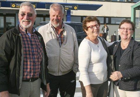 Vennetur:  Staffan Meijer (t.v.) og Ann-Charlotte Rosell (t.h) besøkte venneparet  Svein og Marit Hauge Skåla fra Stord (i midten).