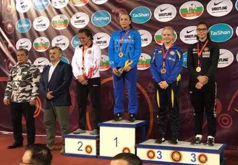 PÅ PALLEN: Marion Bye fra Vardø tok bronse under EM i Makedonia.