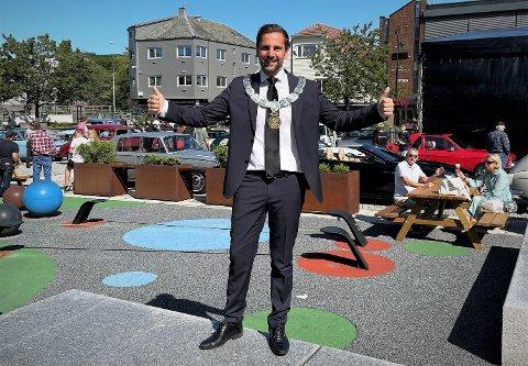 Andreas Vollsund er ordfører i landets femte beste kommune, ifølge Kommunal Rapport. Ordføreren selv er strålende fornøyd med det.