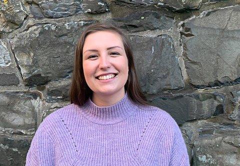 Henriette Seim er engasjert i Norges Studentorganisasjon og er deltidstilsett i Resurs Bank i Oslo. Ho fryktar at tøffe tider er i vente for studentar landet over.