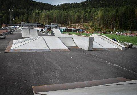 HAR BLITT POPULÆRT: Nytt skateområde i Idrettsparken.