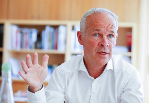 Statsråd Jan Tore Sanner snakker varmt om kommunesammenslåing. Foto: Terje Pedersen / NTB scanpix.