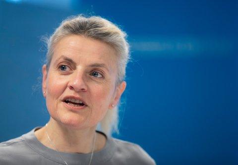 IKKE MAKTESLØS: Direktør Inger Lise Blyverket i Forbrukerrådet, mener at en ikke står like maktesløs overfor egne ansatte som overfor værgudene. Forbrukerrådet mener derfor at SAS skylder penger til kundene som ble rammet av pilotstreiken i 2019.