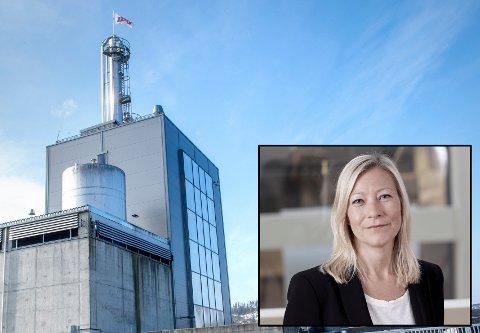 STRØMSTANS: Administrerende direktør Ingeborg Flønes tror strømstansen tirsdag kan ha kostet Hoff-fabrikken en hel dagsproduksjon.