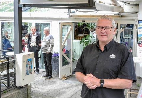 AVLYSER: Tommy Sundal er daglig leder ved Bøkekroa.