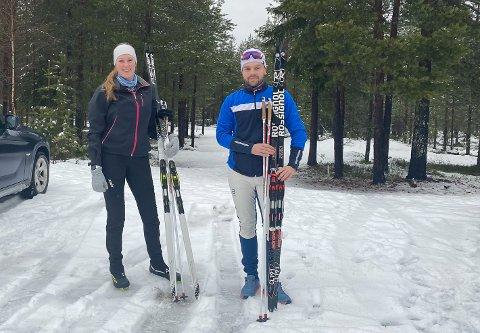 TRIM: Marte Berg (19) og Emil Syversen Tøraasen (19) tok seg turen til Svartholtet.