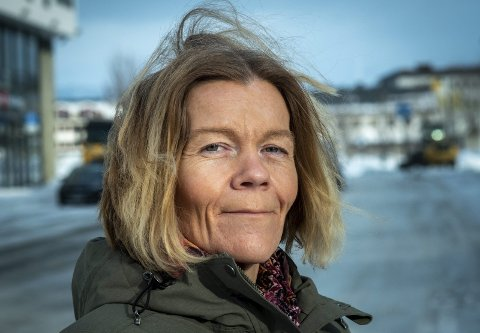 Nestleder i Rødt og medlem i utvalget for Helse og sosial, Lena Myrheim (44) har tidligere vært bostedsløs og rusavhengig. Nå er hun et bevis på at det går an å få orden på livet igjen. Erfaringene gjør henne til en annerledes politiker.