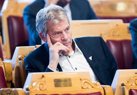 FERDIG: Arne Nævra (SV) har blant annet engasjert seg sterkt for Ringeriksbanen. Han gir seg på Stortinget etter valget neste høst.