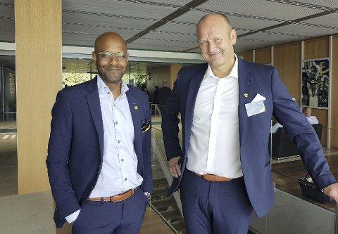 HANDLINGSROM: Sportssjef Simon Mesfin (t.v.) og daglig leder Robert Lauritsen planlegger å hente inn én- til to nye spillere i sommer. Foto: Privat