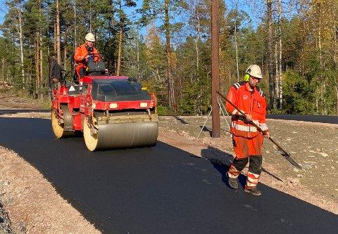 SKI HELE ÅRET: I dag startet byggingen av rulleskibanen på Spikkestad. Den blir 2,2 kilometer lang.