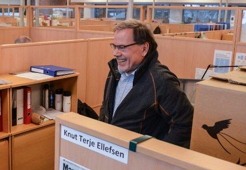 BEKLAGER:  Det er ikke grunnlag for mistillit til ordfører Bjørn Ole Gleditsch, sier hovedtillitsvalgt for Akademikerne, Knut Terje Ellefsen. For to uker siden uttalte han det motsatte.