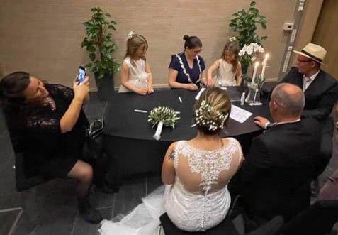 Bildet er fra et tidligere bryllup.