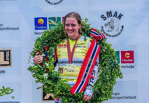 STOLT: Ingveig Håkonsen (22) tok NM-gull i X-trial onsdag