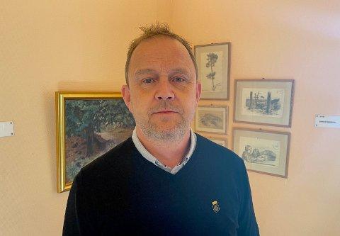 TAR SELVKRITIKK: Ordfører Grunde Wegar Knudsen (Sp) forstår at flere har reagert på hans høye fokus på tidsbruk.