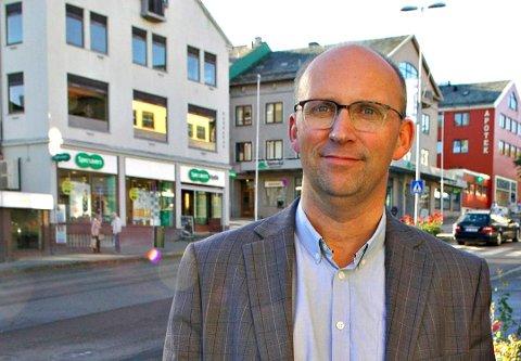Tidligere assisterende rådmann i Kristiansund, Per Sverre Ersvik, blir toppsjef i den nye Hustadvika kommune.