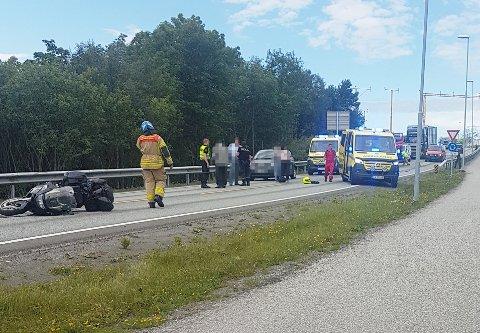 Riksvei 70 ble stengt i en periode på grunn av ulykken.