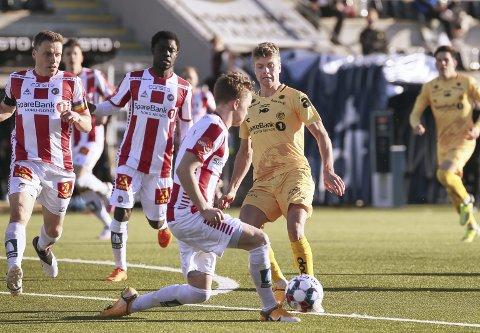 Vant i debuten: Sondre Sørli og Bodø/Glimt vant 3-0 mot Tromsø på Aspmyra søndag. Onsdag venter KBK i Kristiansund for fjorårets suverene seriemester. Foto: NTB