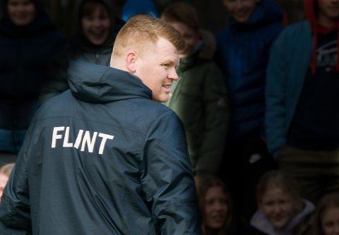 AMBISJONER: John Arne Riise har en klausul i kontrakten med Flint som gir ham rett til å forlate klubben hvis det dukker opp tilbud fra klubber på høyere nivå.