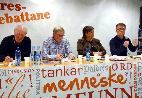 Konstruktive: Panelet med f.v. Fred Kuyper, Knut Nes, Jørand Ødegård Lunde og Kjell Overvåg var konstruktive og interessante debattantar.