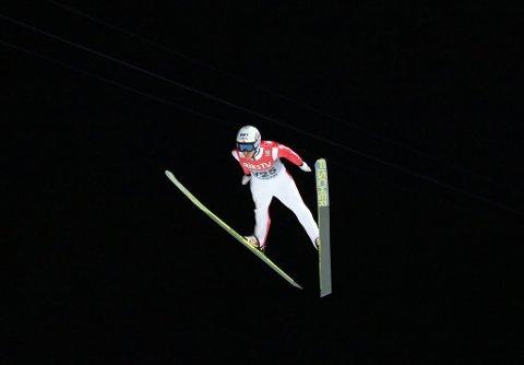 Espen Røe på vei ned til 226 meter.