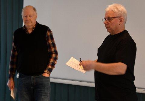 Orienterte: Konrad Sætra og Per Arne Rahka fra stiftelsen Tysfjord-Kirshi var for en tid tilbake i formannskapet i Hamarøy og orienterte om ønsket om at Hamarøy overtar vennskapssamarbeid.
