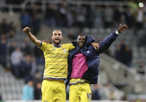 Atdhe Nuhiu, Lucas Joao (t.h.) og Sheffield Wednesday kan vinne hjemme mot opprykksfavoritt Boro.   (AP Photo/Scott Heppell)
