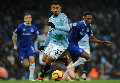 Gabriel Jesus scoret to av målene da Manchester City vant hele 5-0 i fjorårssesongens seriemøte mellom Manchester City og Liverpool på Etihad stadium.    (AP Photo/Rui Vieira)