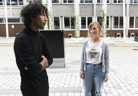 Salman Akhtar Chaudhry, nyvalgt fylkesleder i Vestland Sosialistisk Ungdom (SU), og Marthe Hammer, gruppeleder i SV.