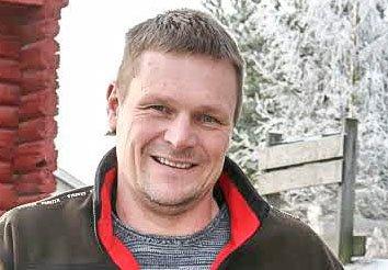 BRANNMESTER: Bjørn Olav Bolstad (52) er ansatt som brannmester på Ringerike, og kan få følge av flere lokale søkere i Ringerike brannvesen.