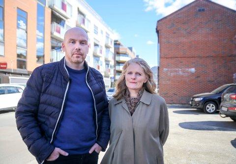 REAGERER: Styremedlem i Buskerud jordvernallianse, Anders Thorrud, og påtroppende leder Hanne Bredde Vig.
