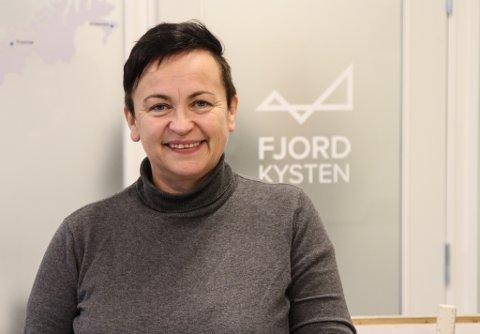 NØGD: Dagleg leiar Marita Solheim ved Visit Fjordkysten.