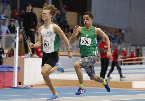 TOK BRONSE: 16-åringen Knut Arvid Tibor Werge-Olsen frå Årdal (t.h) under junior-NM i Ulsteinvik.
