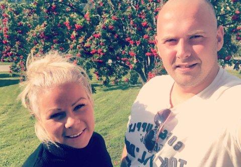 ER ROLEGE: Wibeke Gjesdal Nesse og Raymond Lillemo var ikkje heime då uvêret igjen traff Jølster, men likevel klarer dei å halde seg rolege.