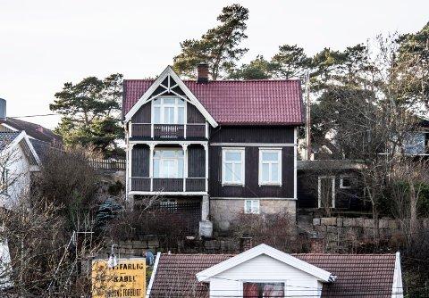 Fjellryggveien 6: Alexander Jæger får 70.000 kroner til rehabilitering av denne verneverdige sveitservillaen, sist i Henrik Melsoms eie.