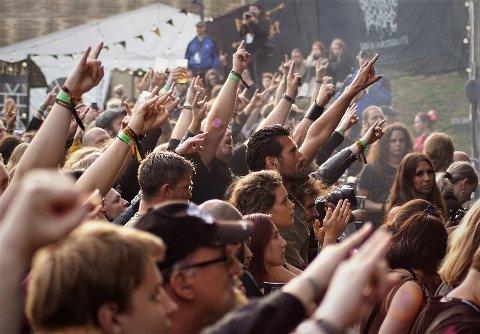 FESTIVAL: Midgardsblot henter band og artister som skaper god stemning på festivalen.