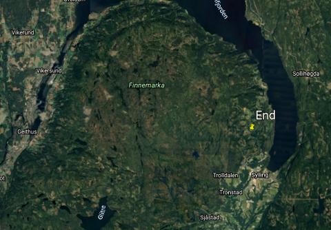 Bildet viser foreløpige beregninger fra Norsk Meteornettverk på hvor meteoren kan ha landet. Det gule punktet på bildet tilsier treffpunkt langt øst i marka, nær Øverskauen. Beregningene er foreløpig svært usikre.