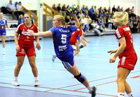 VANT: Stine Vorkinn var blant de som møtte Utleira i Jorekstadhallen lørdag kveld.  Her i aksjon mot Skrim 2 i en tidligere sesong.