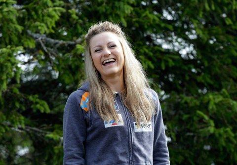 VIDERE: Martine Ek Hage, bosatt på Lillehammer, kan vinne Farmen kjendis.
