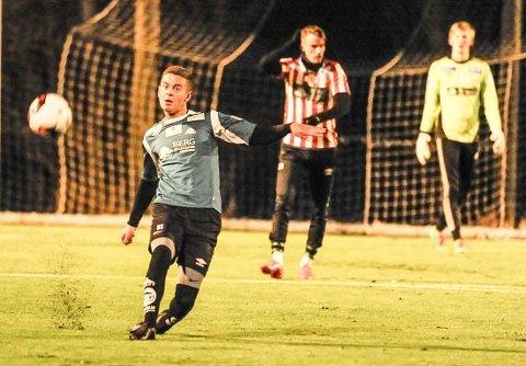Den 18 år gamle midtbanespilleren Rinor Topallaj er klar for Kvik Halden.