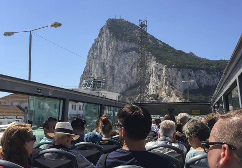 Turistdestinasjon: Dagleg leiar i Fonnafly AS seier 10-15 millionar turistar vitjar Gibraltar kvart år. Selskapet vil i starten satsa på turistar frå cruisetrafikken. Foto: Ernst Olsen
