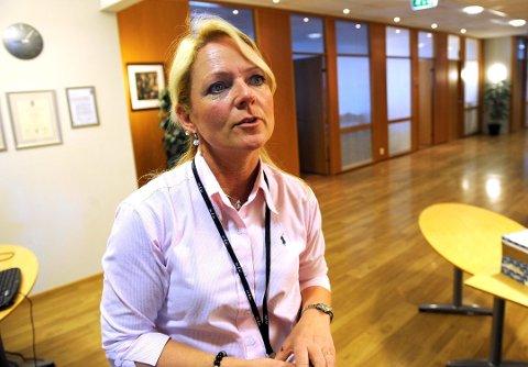 FORBEREDT: Tine Kleive-Mathisen på Torp tar forholdsregler på flyplassen. Arkivfoto: Kurt André Høyessen
