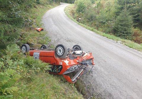 STJERNESMELL: Slik så rallybilen til Mats Peder Hvambsahl ut etter utforkjøringen på den andre etappen i Rally Sørland. FOTO: PRIVAT