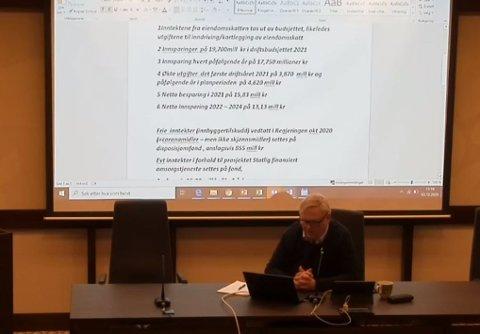 AVSTEMMING: Ordfører Jan Kristensen ledet budsjettavstemningen i formannskapet i Lyngdal.