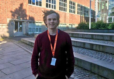 SOMMERJOBB: Jesper Phillips fra Moss skal forske på misinformasjon i sosiale medier denne sommeren.