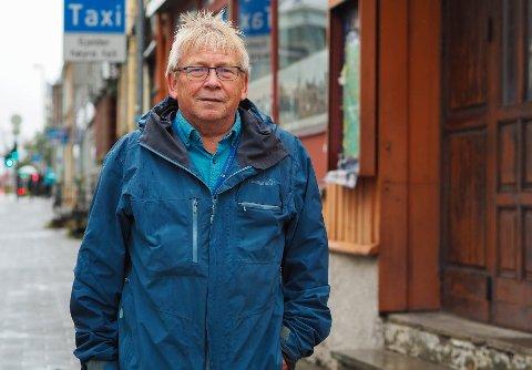 Svein Otto Nilsen i Pensjonistpartiet har i mange år kjempet for å bevare byggene i Prinsens gate 38 til 42 og mener det er på tide at eier tar grep. Om ikke, bør kommunen bøtelegge firmaet, mener han.