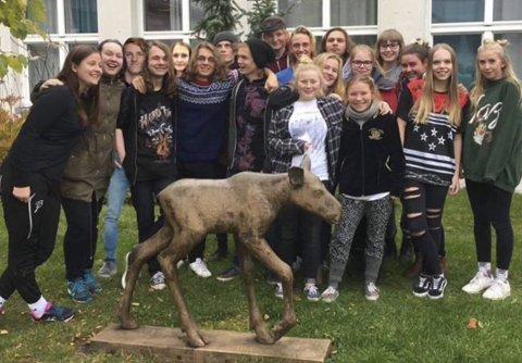 Konsert: Elever ved musikklinja på Gjøvik videregående skole inviterer torsdag til konsert i skolens lokaler til inntekt for Operasjon Dagsverk. Foto: Privat