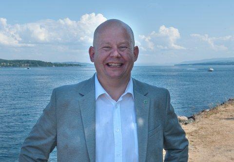 PÅ'N IGJEN: – Har du lyst, har du lov, heter det. Ja, jeg har lyst til å bli ordfører i Gjøvik, sier Torvild Sveen.
